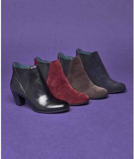 HARE Ladies heeled chelsea boot