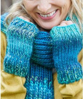 ELURRA GLOVE Chunky knit fingerless gloves