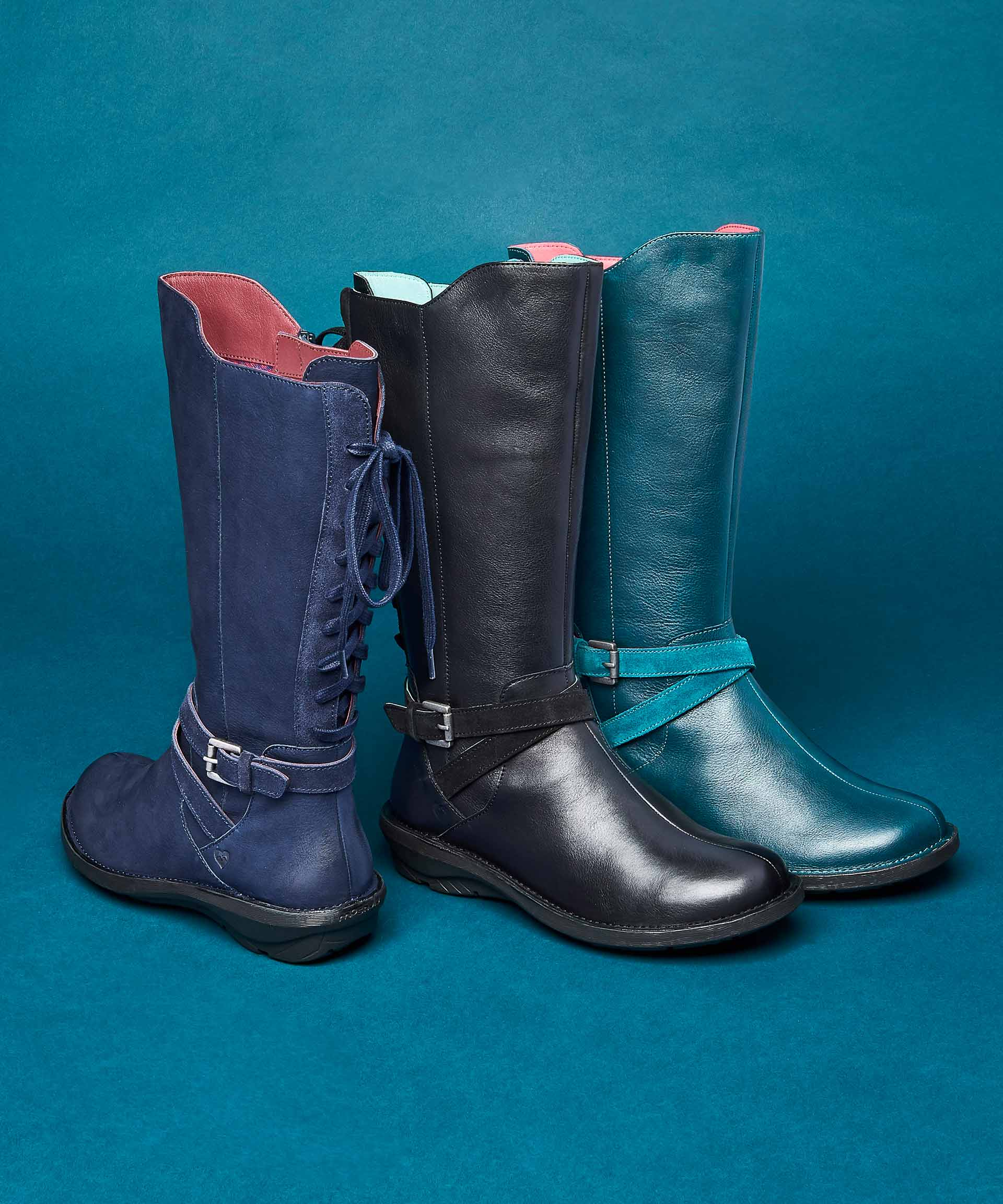 Llyn ladies lace up boots